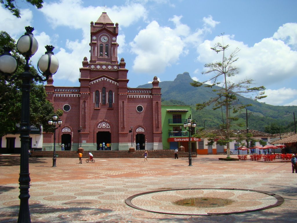 Tour San Carlos Antioquia with the rental of cars that Executive rent a car offers