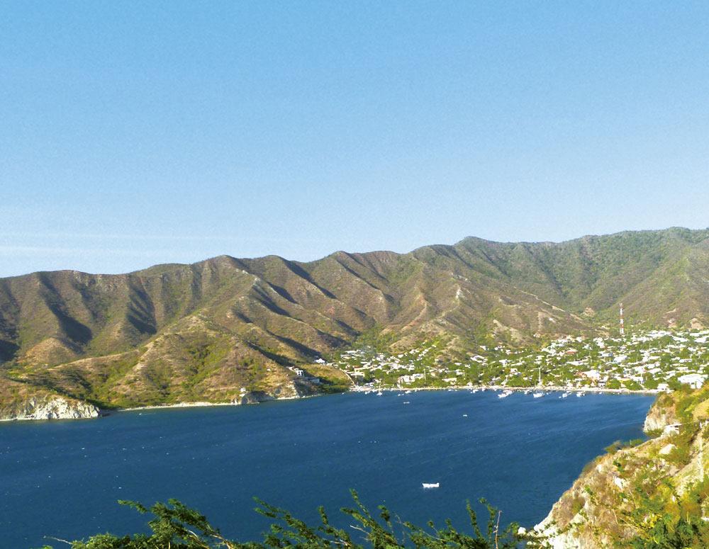 Alquila un auto, carro o camioneta y visita Santa Marta